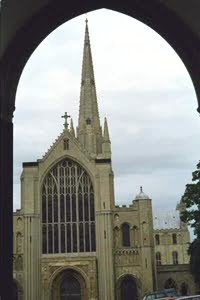 [Norwich Cathedral-outside view)