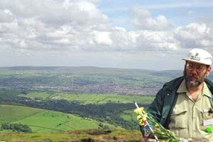 [Bill Samuel on Pendle Hill]